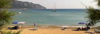 Zandstrand in het noorden van Corfu